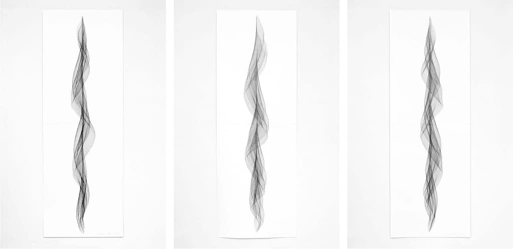 """Auswahl aus der Serie """"Fliessend II"""", 2019, Bleistift auf Papier, je 168.2x59.4 cm"""