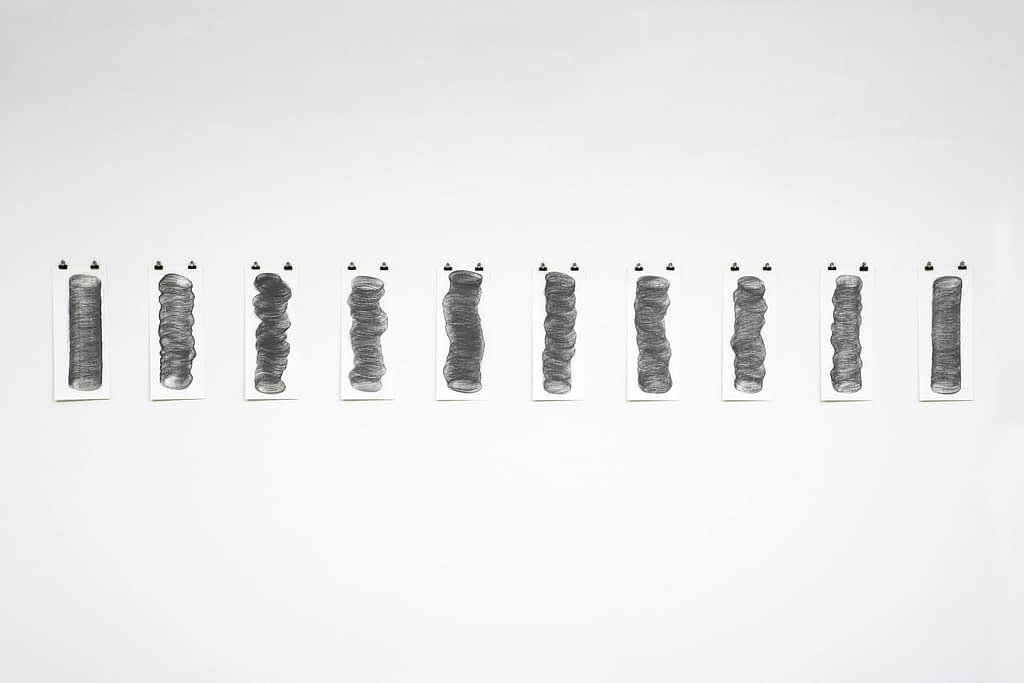 """Pillars"", 2006, Bleistift auf Papier, je 50 x 20 cm"