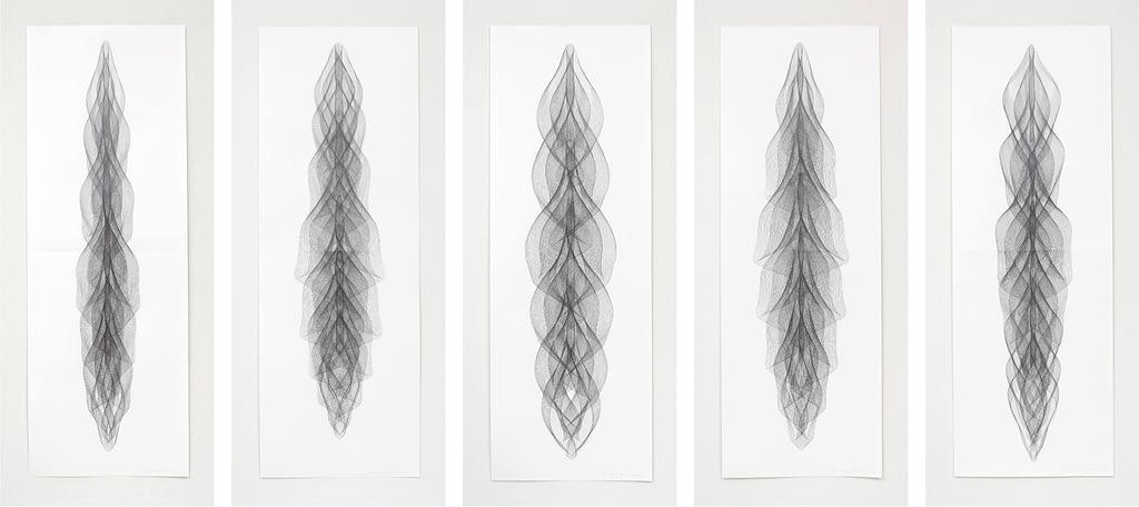 """Auswahl aus der Serie """"Zentriert"""", 2018, Bleistift auf Papier, je 168.2 x 59.4 cm"""